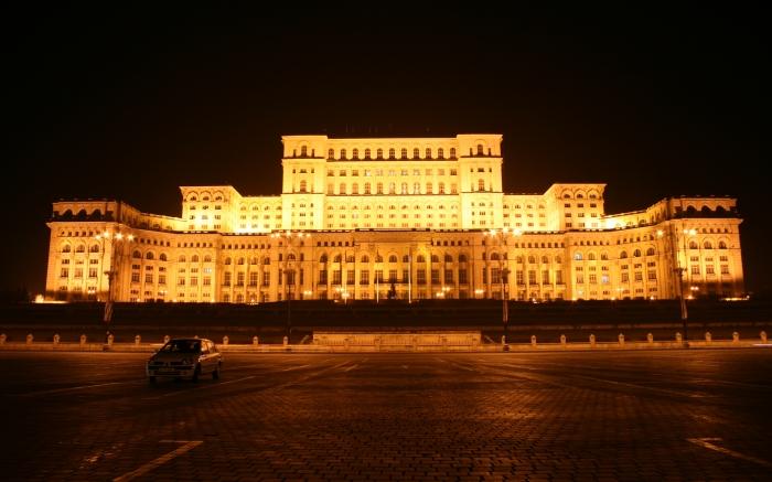 ארמון הפרלמנט בלילה