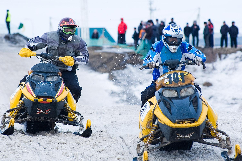 טיול אופנועי שלג וג'יפים עצמאי בקרפטים